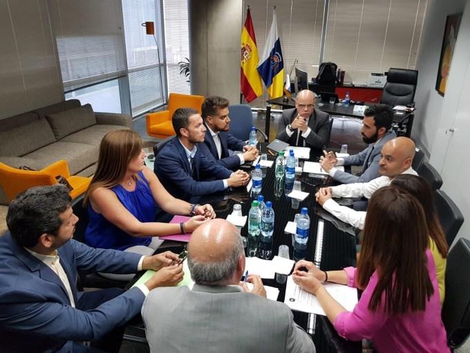 Reunión Canarias